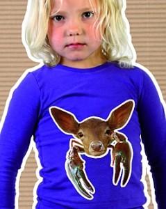 merk Josjes Closet zozoo shirt op model